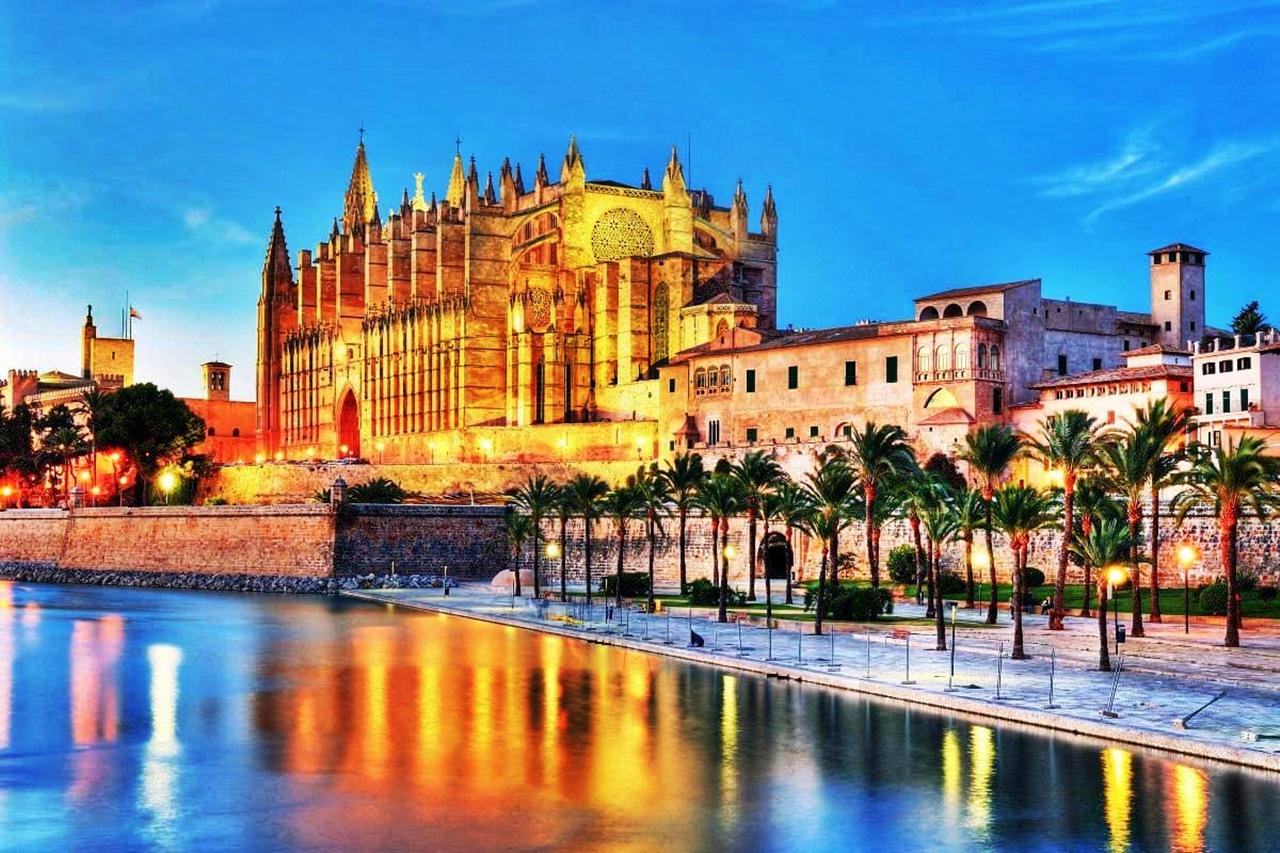 palma-de-mallorca-cathedral.jpg